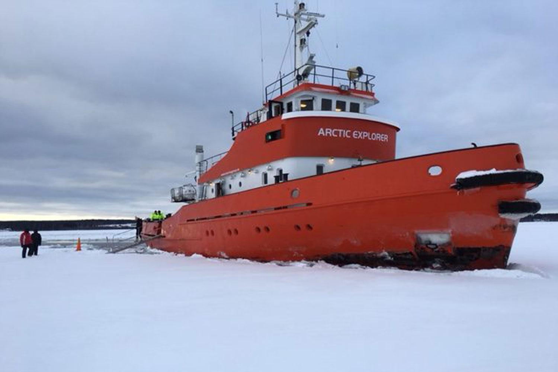 Ice-breaker-tours-Luleå