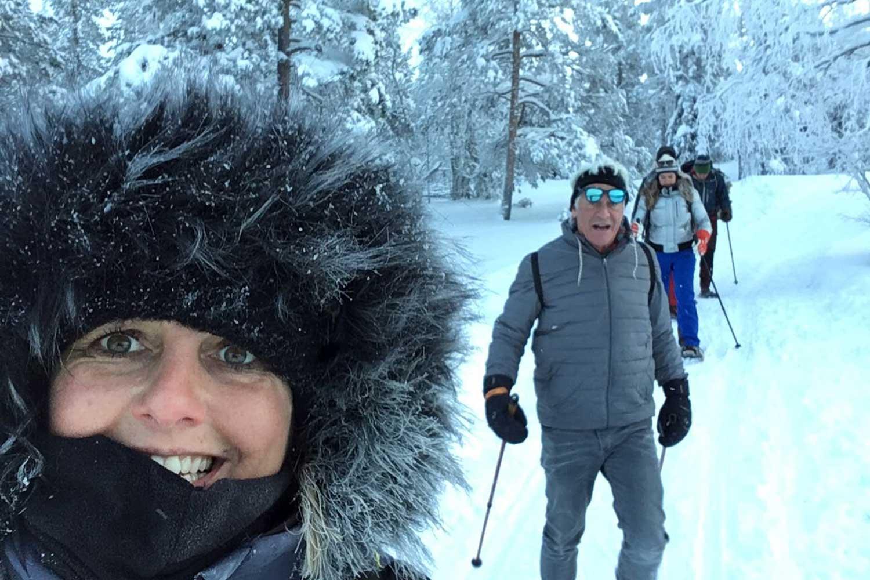 snowshoe-walking-luleå