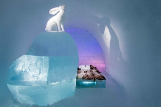 Icehotel unique designed Art Suites