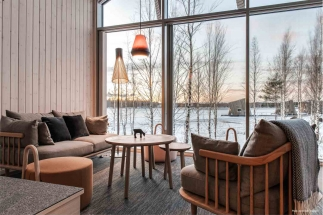 Arctic Bath, cabin interior