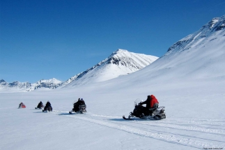 Kiruna-Lapland-Snowmobile