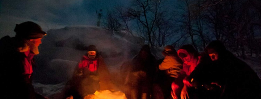 northern lights snowshoe walk